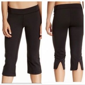 Lucy Powermac Training Capris Black Size XS